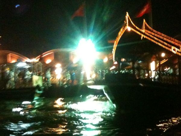 Chao Phraya heading for the venue
